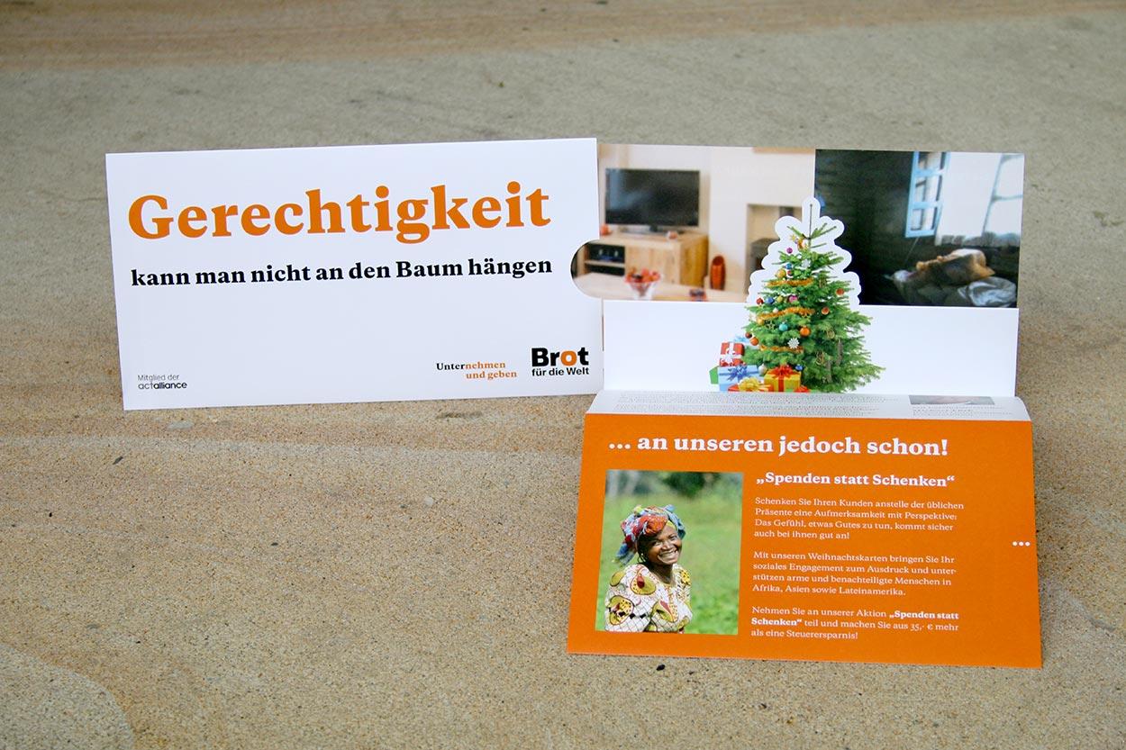 Druckprodukt des Weihnachtsmailings für Brot für die Welt